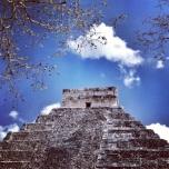 gran piramide por detras