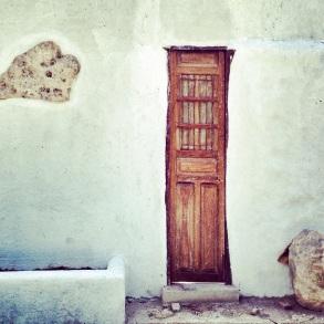 Puerta & Piedras